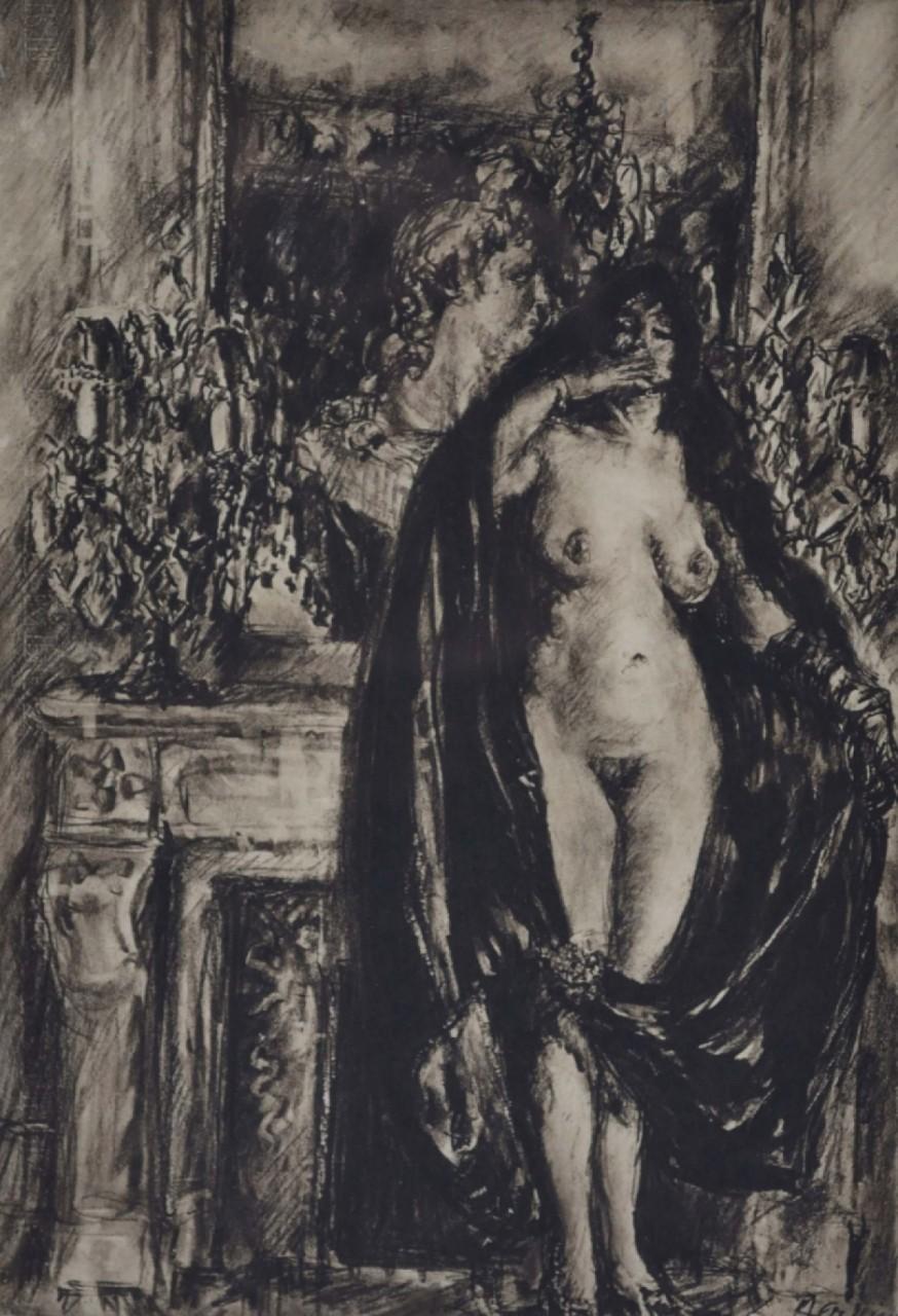 femme nue avec une cape